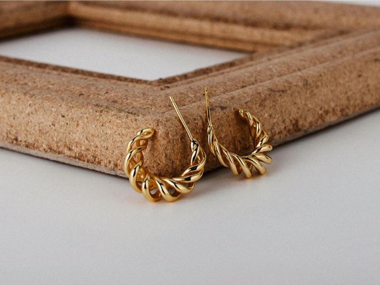 Bold Twisted Hoops / 18k Gold Vermeil Silver / Hollowed Out Earrings / Braided Hoops / Minimalist Earrings / French Hoop / Hypoallergenic
